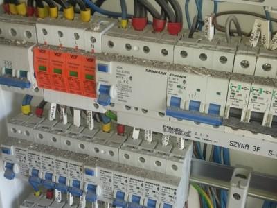 instalacje elektryczne i montaż urządzeń 02