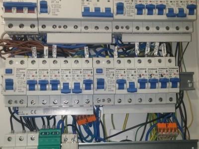 instalacje elektryczne i montaż urządzeń 03